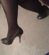 Photos de la bite de Lola51, Re voilà mes petits pieds